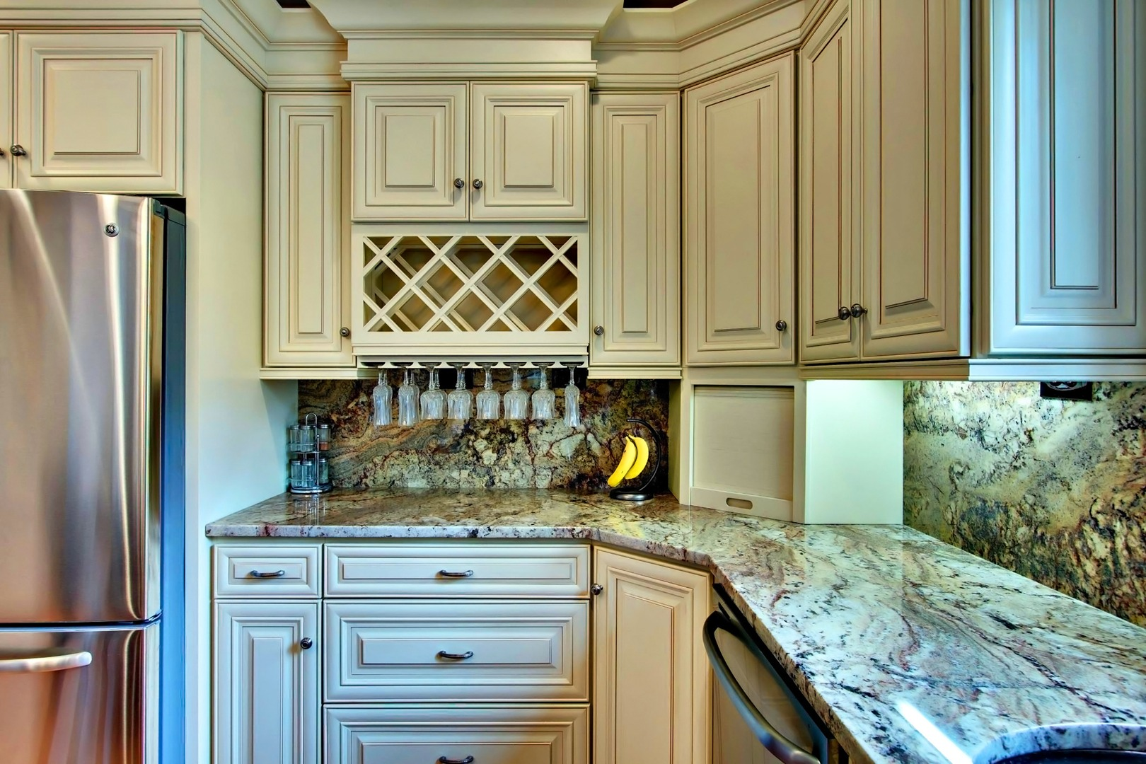 Quality Cabinets NJ - Cream Maple Glaze